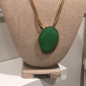 Stella and dot jade necklace